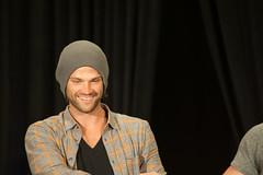 SPN_Dallas_2016_Jared_and_Jensen_main_panel_297
