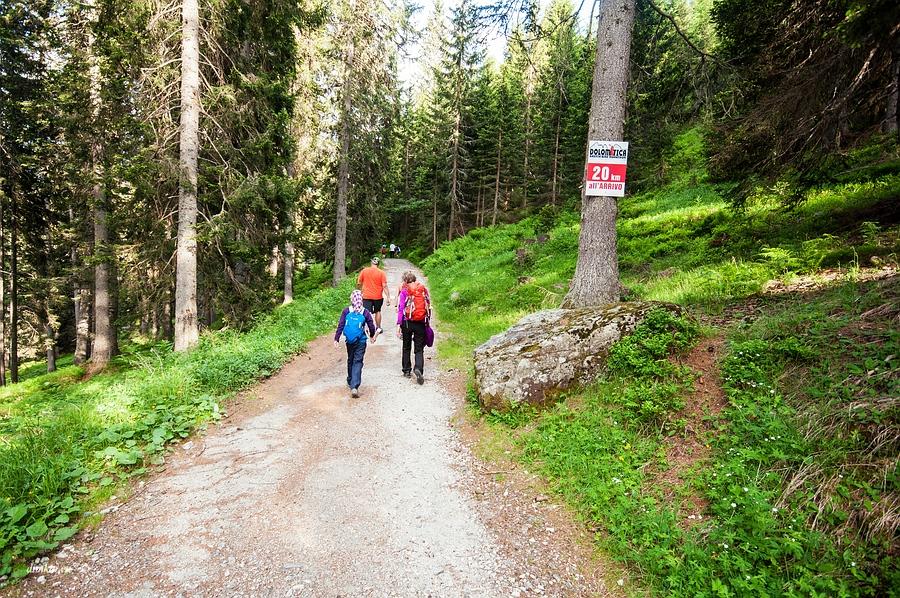 Pinzolo, Trentino, Trentino-Alto Adige, Italy, 0.02 sec (1/50), f/8.0, 2016:06:29 16:07:43+03:30, 13 mm, 10.0-20.0 mm f/4.0-5.6