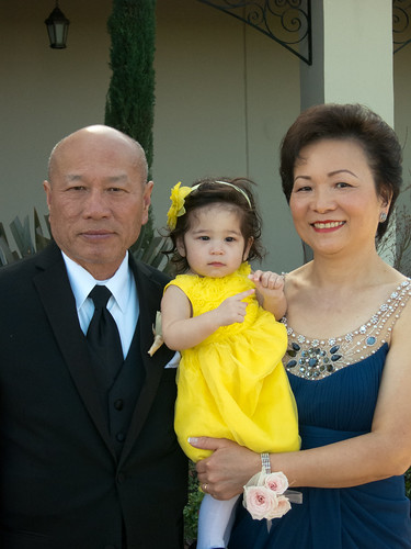 Scarlett and Grandparents at Wedding 3