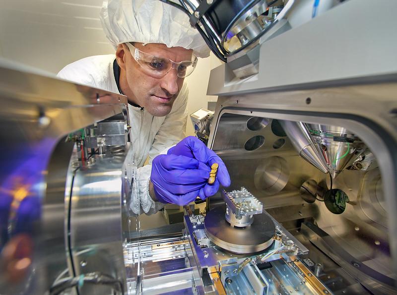 Nanotechnologies - Photo credit: Brookhaven National Laboratory via Foter.com / CC BY-NC-ND