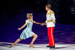 sports(0.0), musical theatre(0.0), skating(1.0), ice dancing(1.0), winter sport(1.0), recreation(1.0), outdoor recreation(1.0), ice skating(1.0), figure skating(1.0),