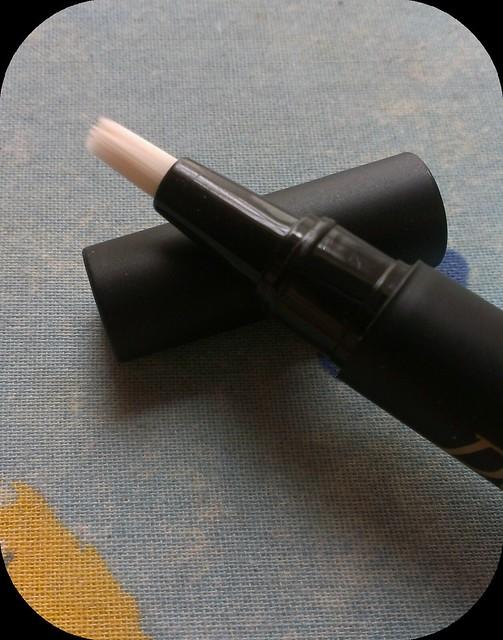 Dainty Doll Concealer Pen 001