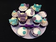 Buttons and Bows Cupcakes