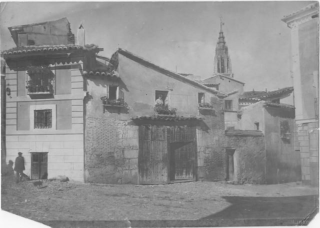 Plaza de Santa Isabel. Carpintería . Fotografía del estudio de Abelardo Linares