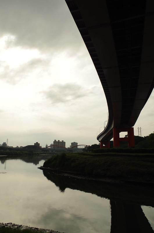 K-01 終於沒下雨,騎著腳踏車到處拍