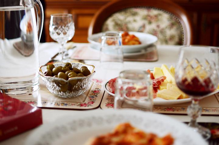 easter sunday table olives