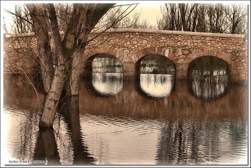 Los ojos del Puente de Molemocho by dedaimiel