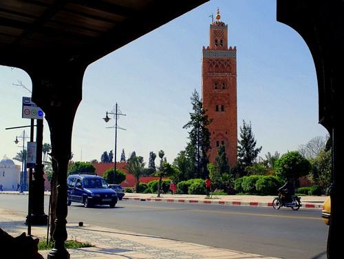 minaret mosque morocco maroc marrakech marrakesh koutoubia mosquée prayertower mygearandme