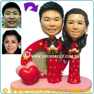 Custom 3D Couple Figurines Dress In Traditional Wedding Costume - @www.unusually.com.sg