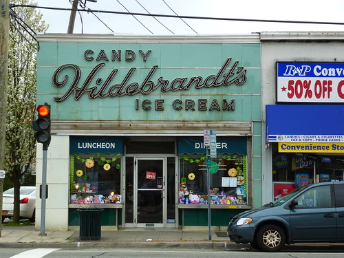 Williston Park, NY Hildebrandt's Ice Cream by army.arch