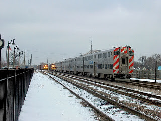 Eastbound Metra commuter train. Franklin Park Illinois.  January 2007. by Eddie from Chicago