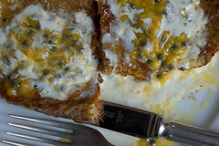 French Toast with Passion Fruit and Cream (96)