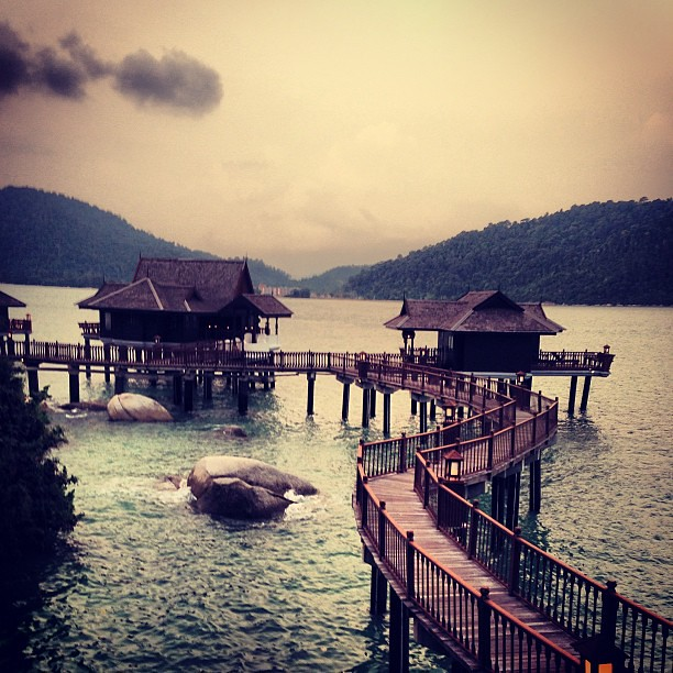 Sea villas in Pangkor Laut Resort. Maybe next time will stay here instead of hill villa. #travel #trip #holiday #getaway #island #islandgetaway #pangkorlaut #pangkorisland #pangkorlautresort #pangkor #malaysia #cuticutimalaysia