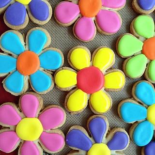 Flower sugar cookies #polkadotscupcakefactory
