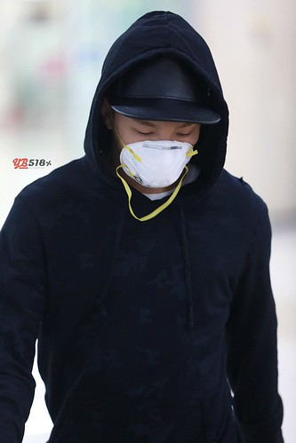 Big Bang - Gimpo Airport - 07jun2015 - Tae Yang - YB 518% - 10