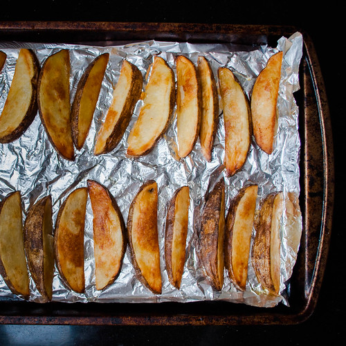 Potato Wedges and Sweet Chili Sauce (6 of 9).jpg