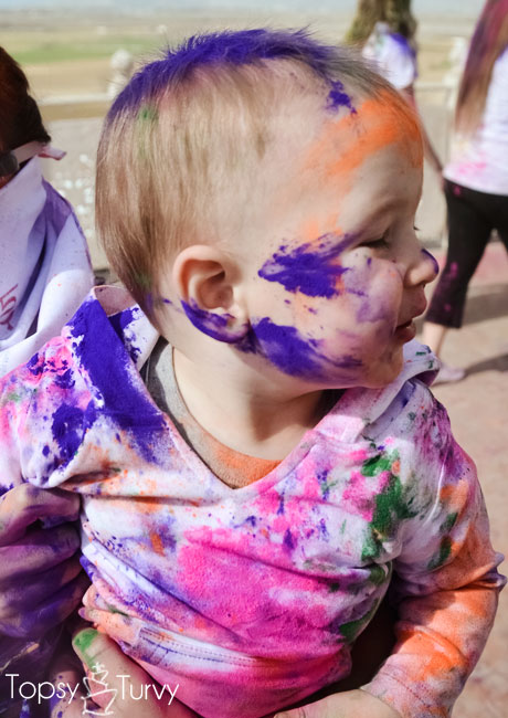 festival-color-baby-boy-face