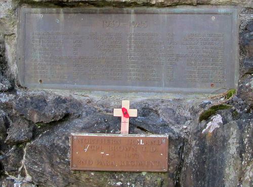 Dunkeld War Memorial WW2 & NI