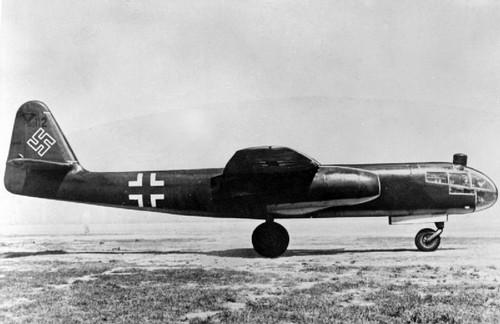 "Opération ""Kill the King"" [ Arado Ar. E.555 Revell 1/72 ] 8636107446_64a10fc2f9"