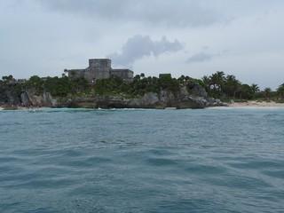 Imagen de Tulum desde el mar (México)