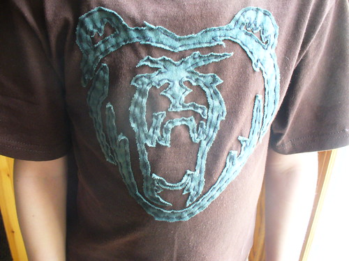 bear face stenciled tee