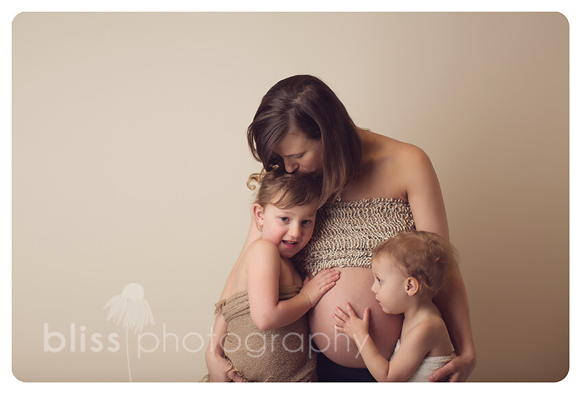 rochester minnesota maternity mom and girls bliss photography-3006
