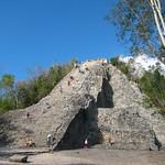 Vista general a Pirámide de Nohoch Mul