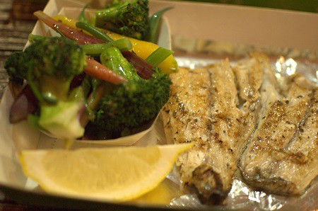 Grilled barramundi, veggies
