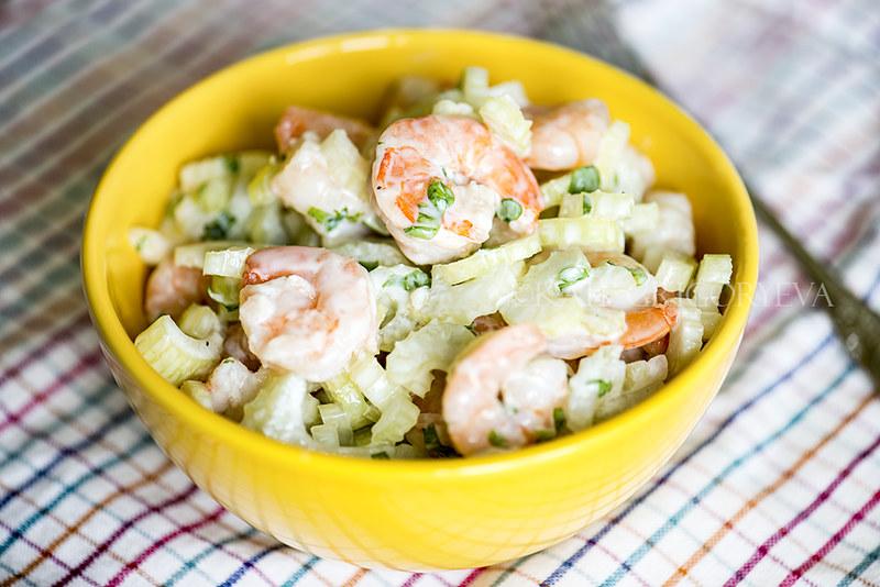 Салат с креветками и сельдереем рецепт