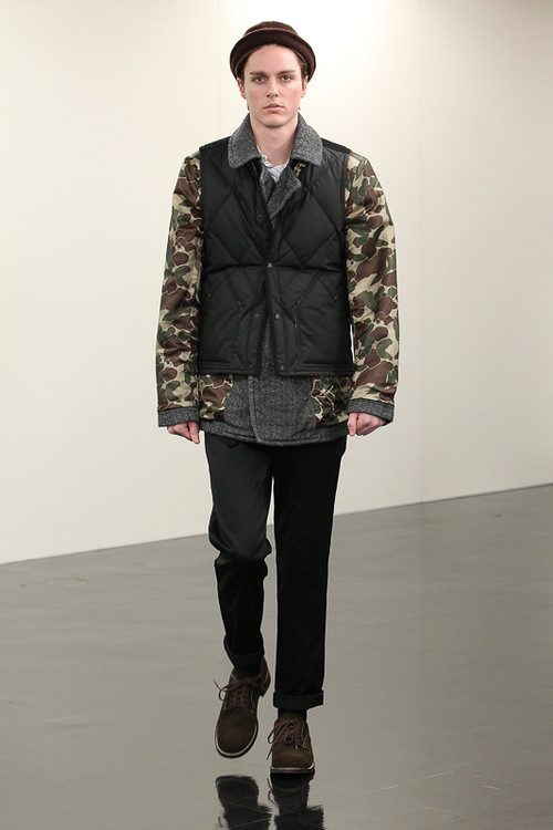 FW13 Tokyo COMME des GARCONS HOMME021_Julian Godfrey(Fashionsnap)