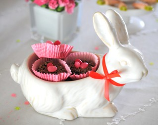 Doughnut nests in bunny bowl