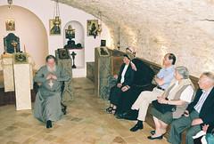 Archimandrite Syméon (Cossec) parle aux pèlerins