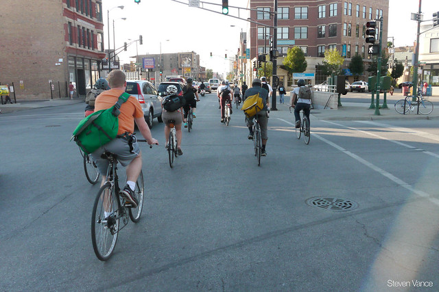 Cycling at Ogden, Milwaukee, Chicago Avenues