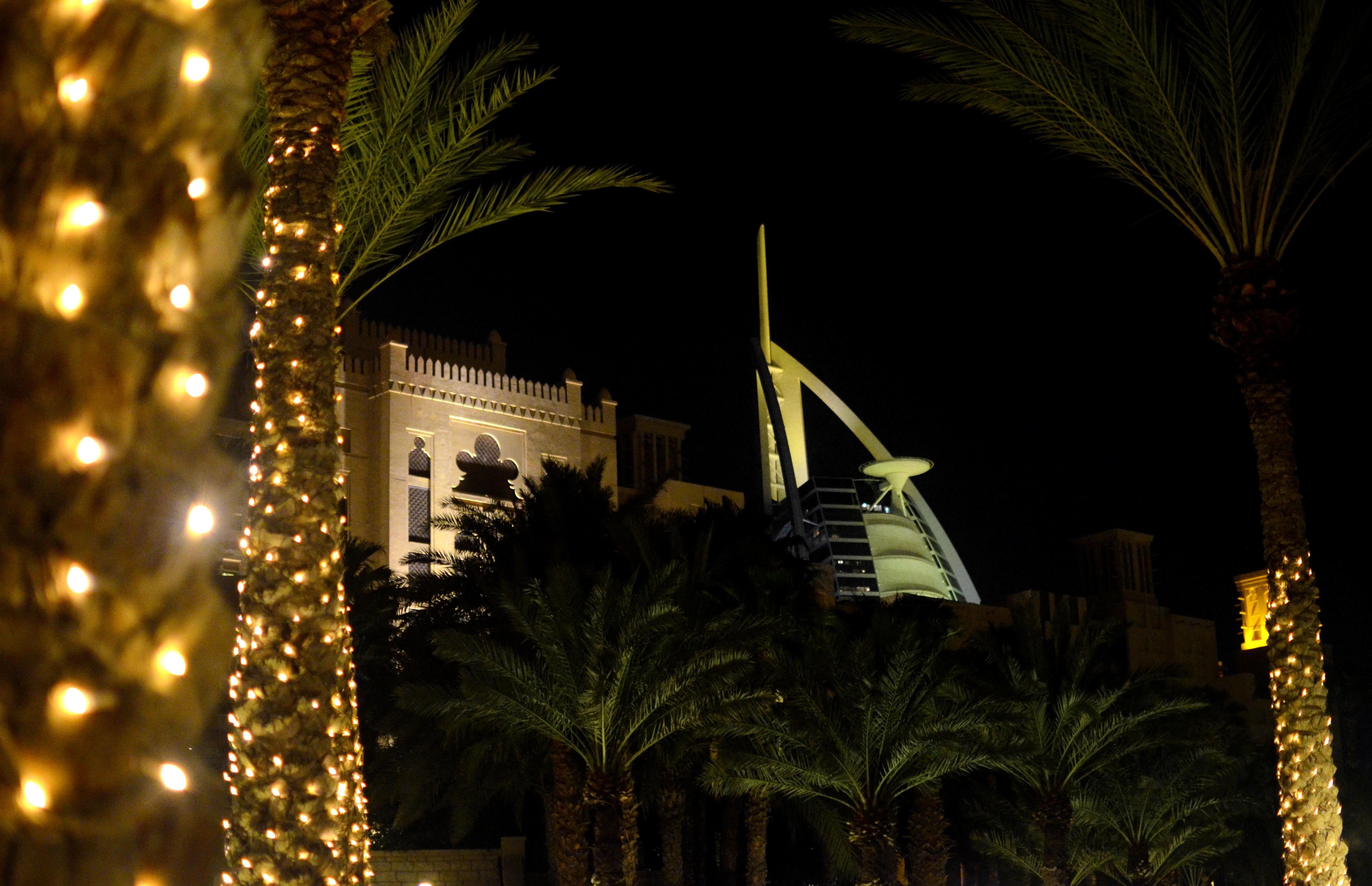 Burj al arab night 2 flickr photo sharing for Burj al arab per night