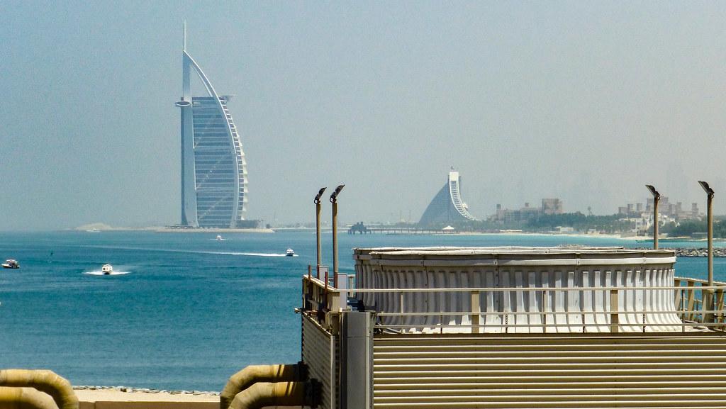 2013-04-08-120055_Dubai