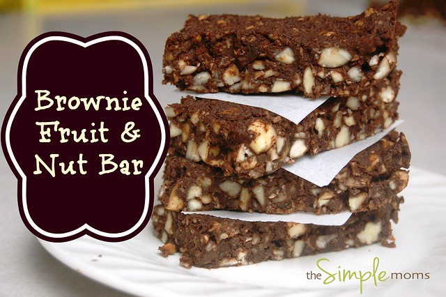 a simple real food recipe :: brownie fruit and nut bar