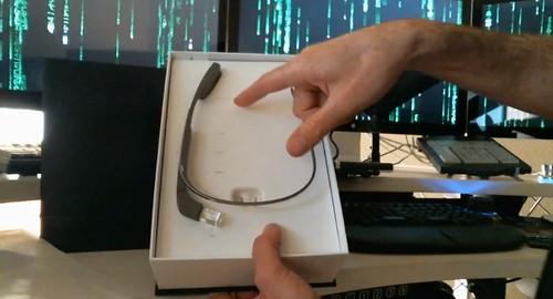Google Glass: pirmieji įspūdžiai ir video