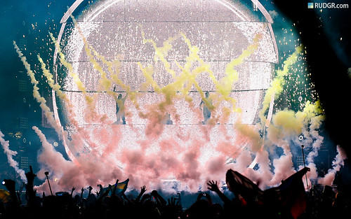 Ultra Music Festival 2013 Wallpaper (16:10) - Swedish House Mafia