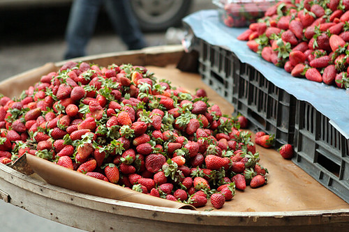 Syrian strawberry cart