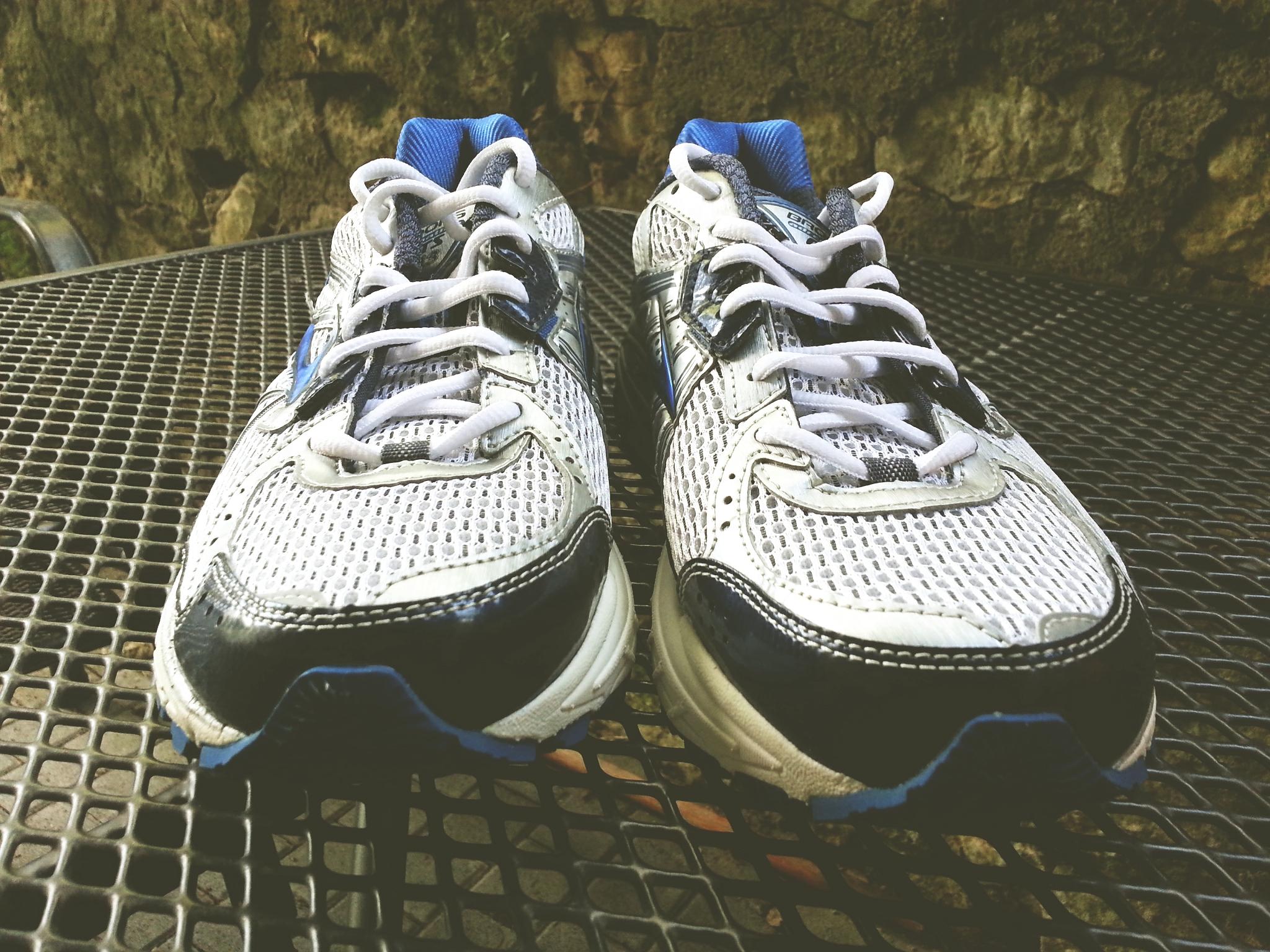 Brooks Adrenaline Gts  Womens Running Shoe