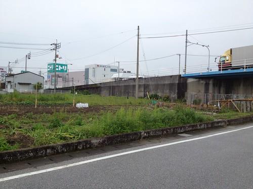 雨の連休谷間 by haruhiko_iyota