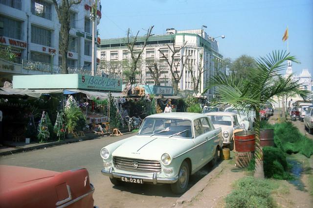 SAIGON 1967 - Nguyen Hue Blvd - Photo by Ken