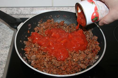 37 - Mit Tomaten ablöschen / Deglaze with tomatoes