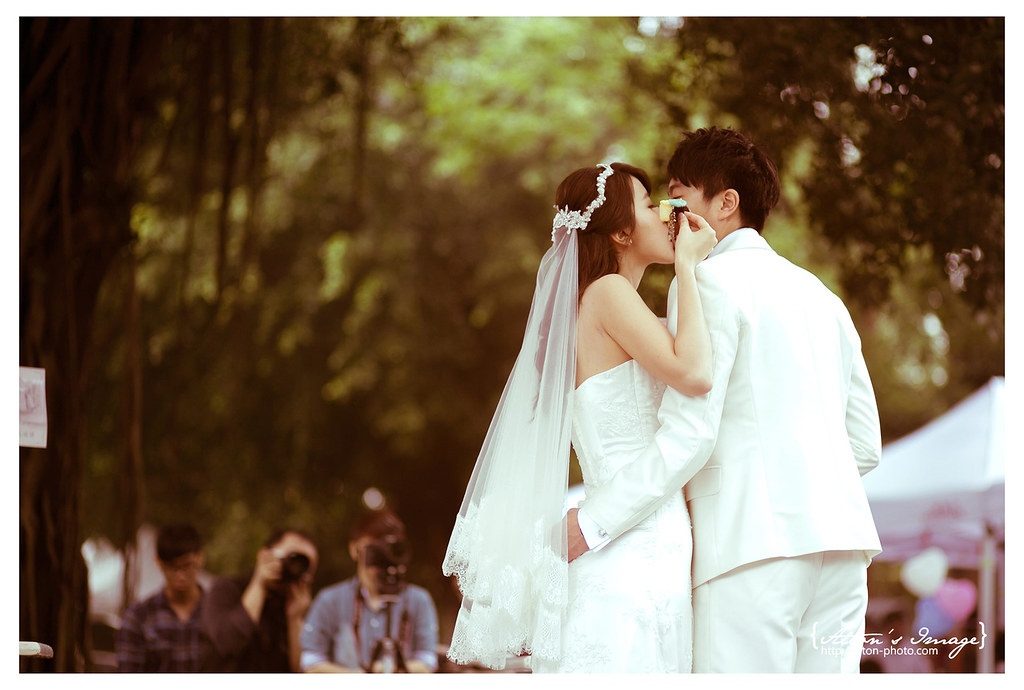 [高雄婚攝] 筌 & 涵 婚禮側拍@橋頭糖廠白屋