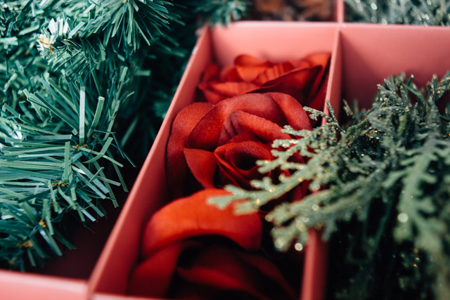 red roses from wreath making kit