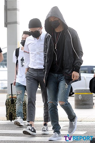 BIGBANG Incheon Airport to Shanghai Press 2015-06-19 064