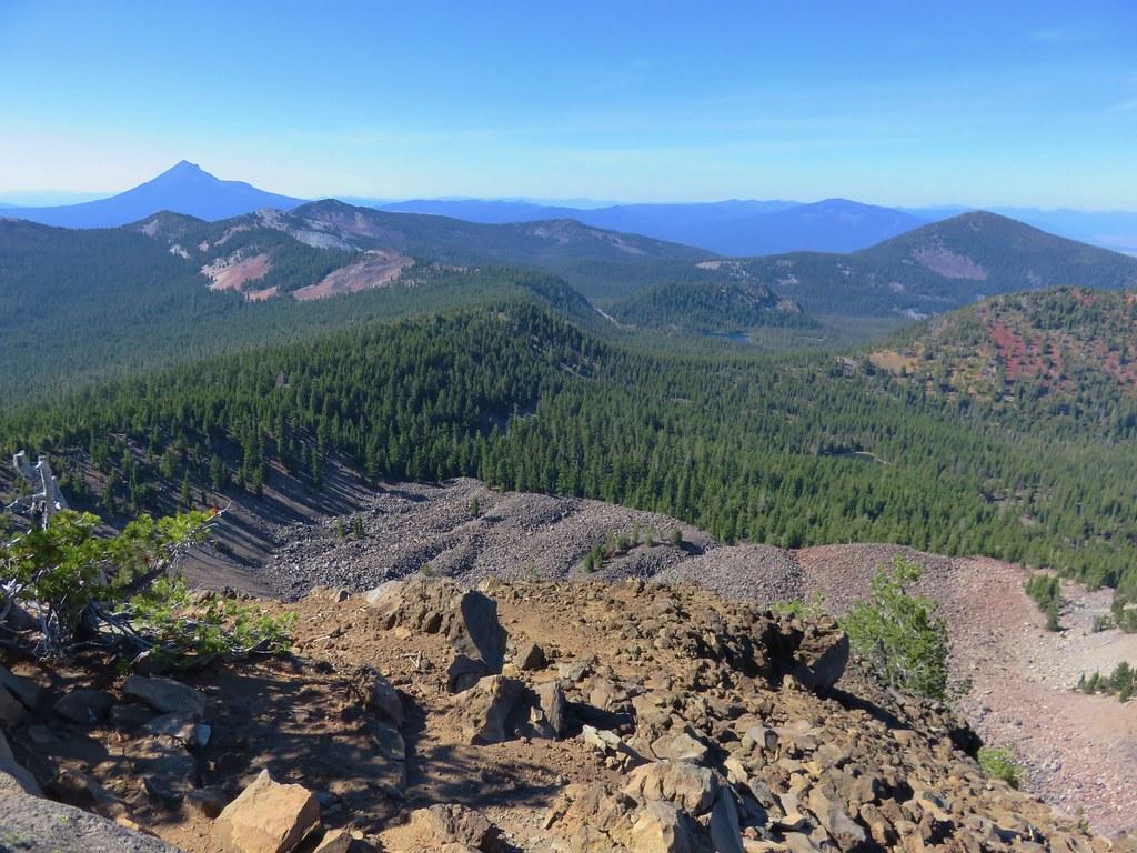 Mt. McLoughlin, Whiteface Peak, Pelican Butte, and Mount Harriman from Aspen Butte