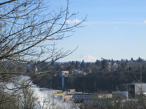 Mt Hood and the Oregon City elevator