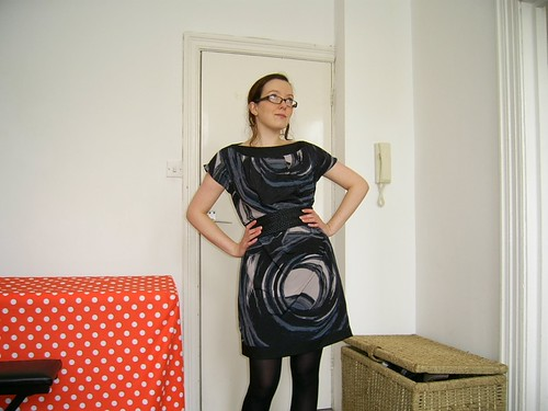 swirly dress - belted