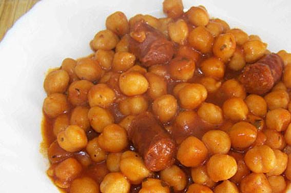 Receta garbanzos con chorizo for Cocinar garbanzos con chorizo